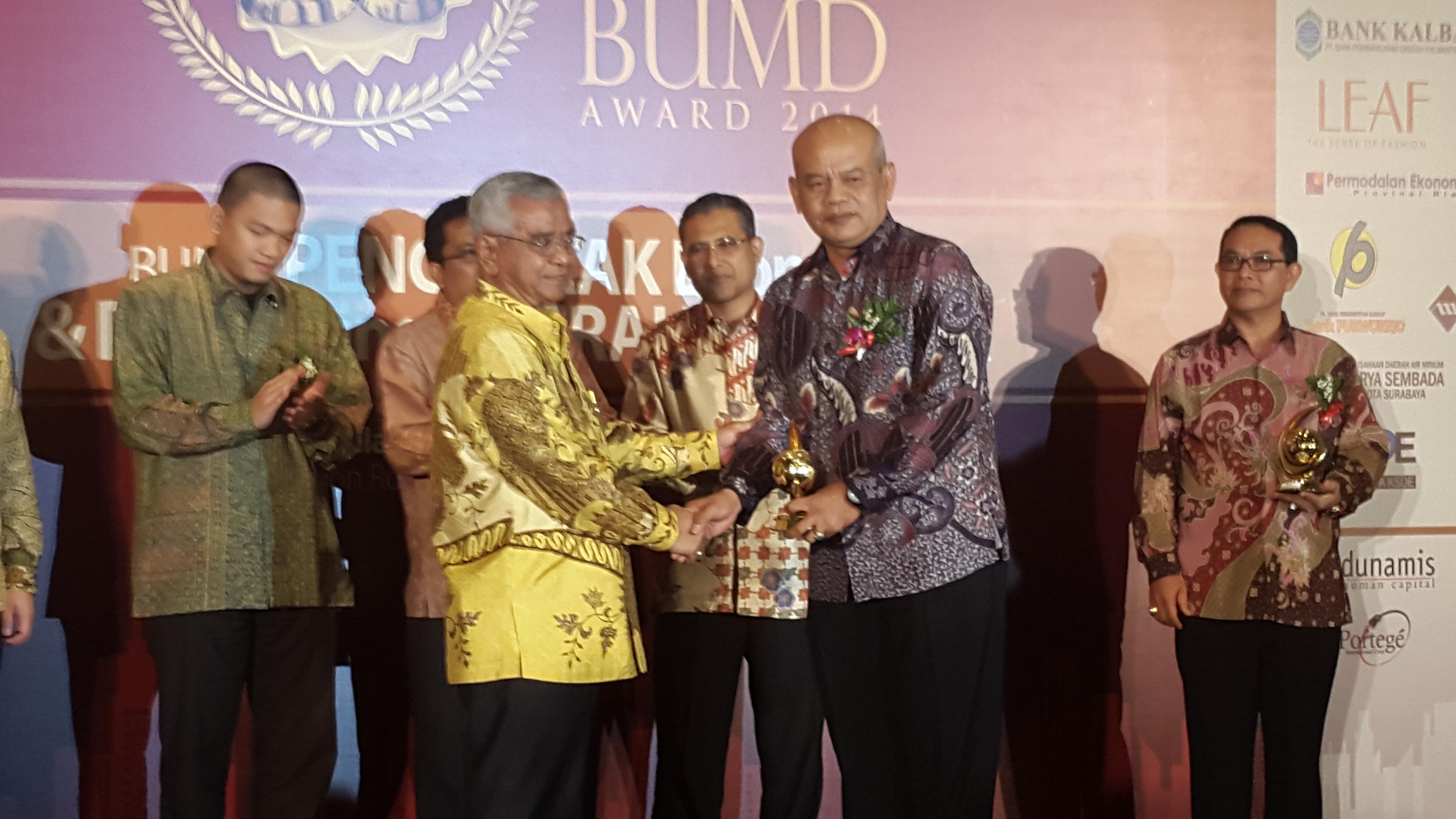 BUMD dan CEO BUMD Award 2014, Tirta Mahakam Raih Penghargaan PDAM Terbaik