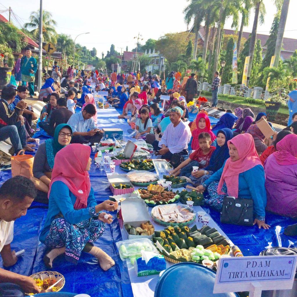 Meramaikan Erau Pesta Adat Kutai 2015, PDAM Tirta Mahakam Ikuti Acara Beseprah