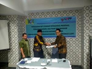 PDAM Tirta Mahakam Tanda Tangani SOP Pengadaan Barang/Jasa